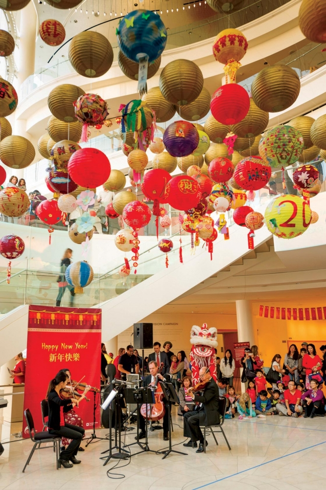 "Pacific Symphony Welcomes  The Chinese New Year  with a Musical ""Love Feast""  and Celebrates  The End of the Lunar New Year  with the ""2017 Lantern Festival"""
